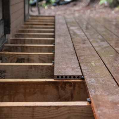 Qwickbuild Enables Specification of Compliant Decking Over Membrane