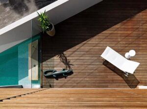Choosing hardwood decking vs composite decking for your Alfresco pool area