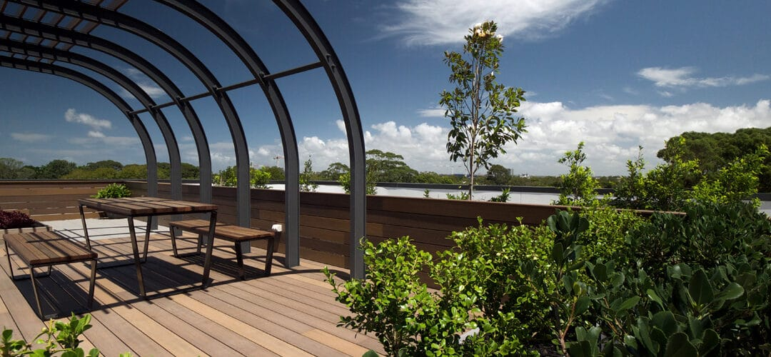 OUTDURE'S OUTDOOR DECKING ENABLES A BEAUTIFUL ROOFTOP SPACE